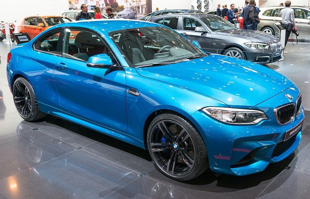 2020 Yeni BMW M2 İç Özellikleri